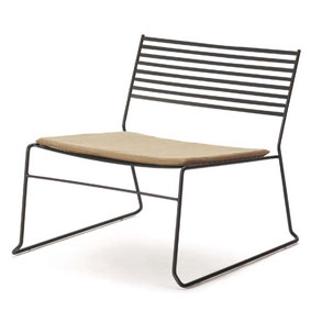 AERO LOUNGE CHAIR-BK